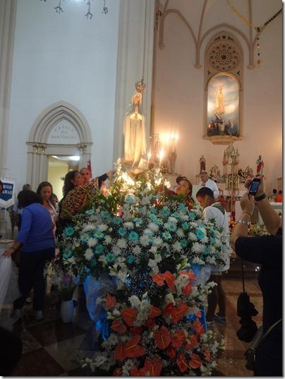 Nossa Senhora de Fátima recebe homenagem