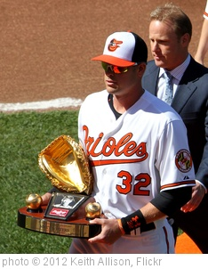 'Matt Wieters Gold Glove Award' photo (c) 2012, Keith Allison - license: http://creativecommons.org/licenses/by-sa/2.0/