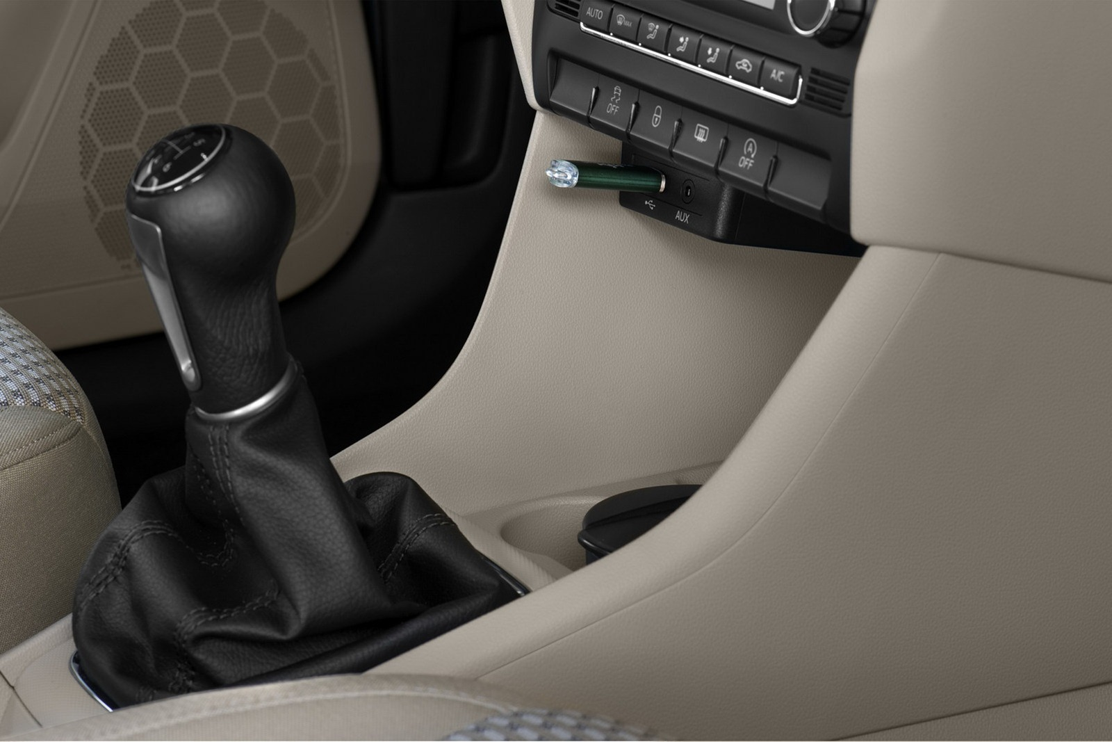 2012 - [Seat] Toledo IV - Page 6 2013-Seat-Toledo-Sedan-50%25255B2%25255D
