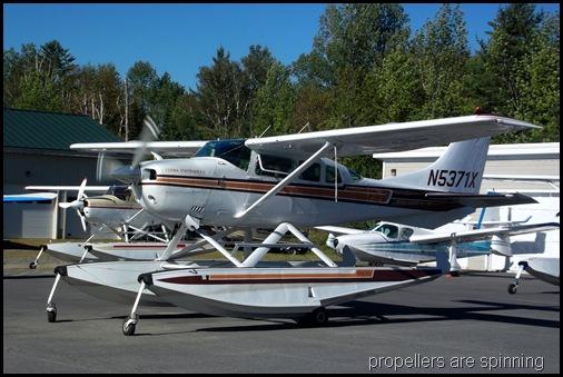 Seaplane fly in 042