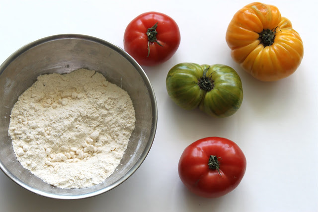Heirloom Tomatoes + The Start of Dough
