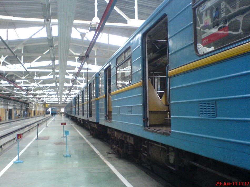 Метро_Харьковское__05.jpg