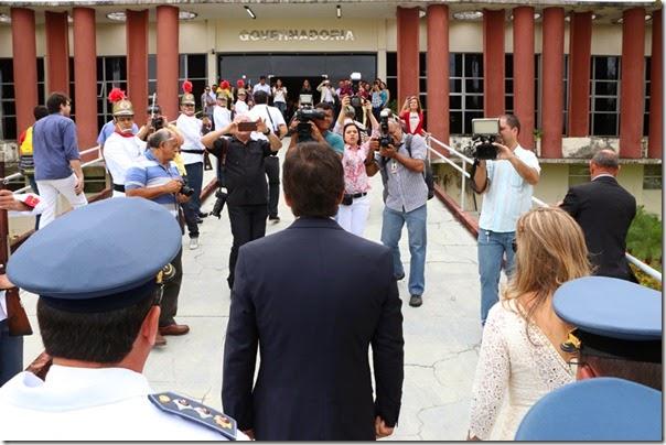 Chegada do Governador_Demis Roussos (4)