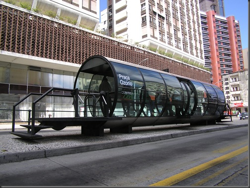Bus_Stops_2_curitiba_brasil