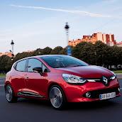 2013-Renault-Clio-4-5.jpg