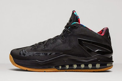 nike lebron 11 low gr black hyper crimson 4 05 Release Reminder: Nike LeBron 11 Low Acid Lion