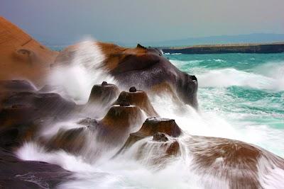 北海岸 野柳燭台石.jpg