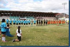 panoramica del estadio y equipos