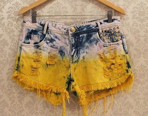 Ideias para customizar short jeans para Copa do Mundo Brasil - dip dye e tachas