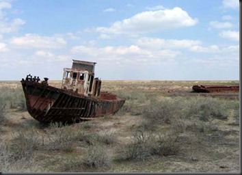 beached-boats-aral-sea-central-asia