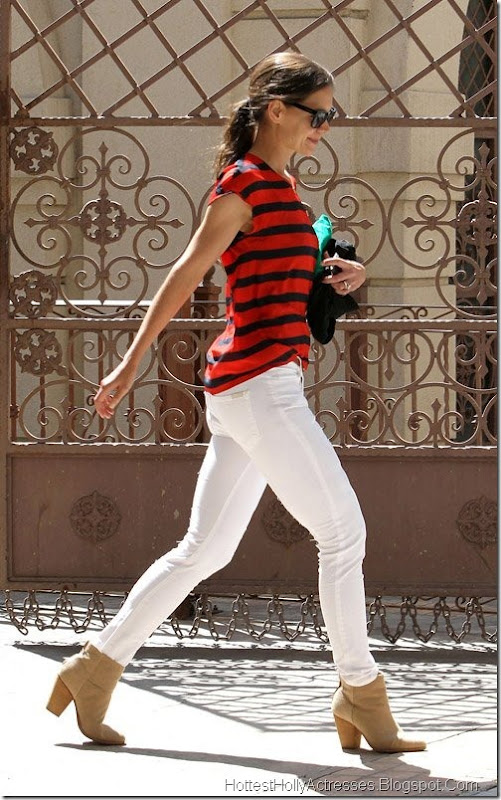 Katie Holmes Hot in Tight White Pants 6