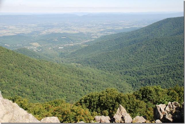 08-23-2011 A Shenandoah NP Hawksbill Mountain Hike (24)