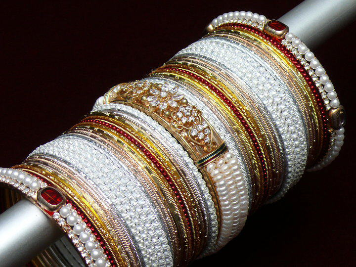 Indian Jewelry : BANGLES