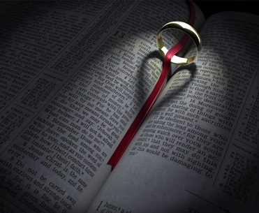 3d_bible_and_ring_heart_shadow_by_joshuacollins_media2