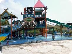 Violino Ridho Putra In Labersa Water Park Pekanbaru Prov Riau 2