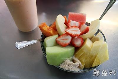 [臺南-美食] 阿田水果店-超美味的木瓜牛奶