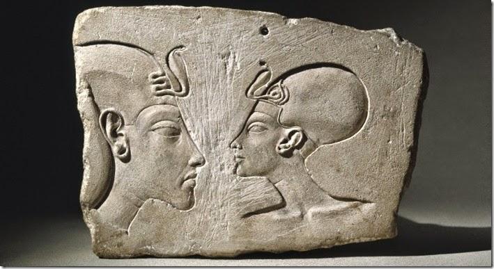 Aquenáton e Nefertiti