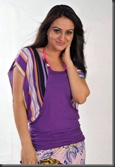 Aksha-Latest_HOT pic