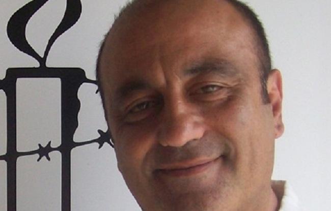 Ένας Κεφαλονίτης στο κόμμα του Τζούλιαν Ασάνζ