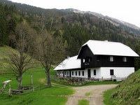 Tomčeva koča na Poljški planini