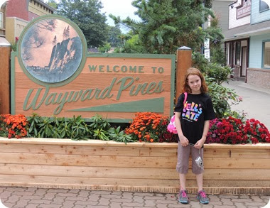 118.Visiting Wayward Pines with M, V and Eryn