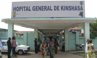 Entrée principale de l'Hôpital général de Kinshasa.