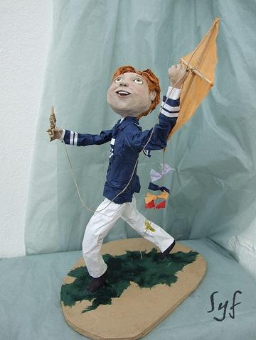 muñeco papel mache 8