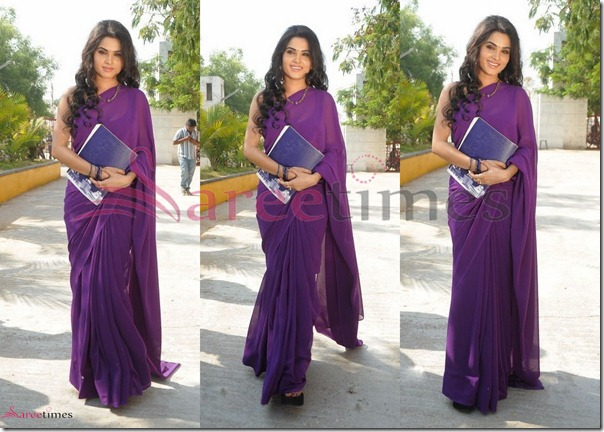 Kavya_Singh_Purple_Saree