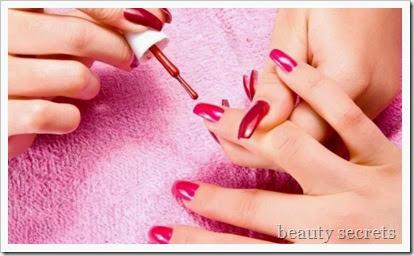 Ημιμόνιμο-θερμικό-μανό-για-μανικιούρ-και-πεντικιούρ-www.beauty-secrets.gr_1