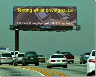 a98820_billboard-wrong_4-texting-driving