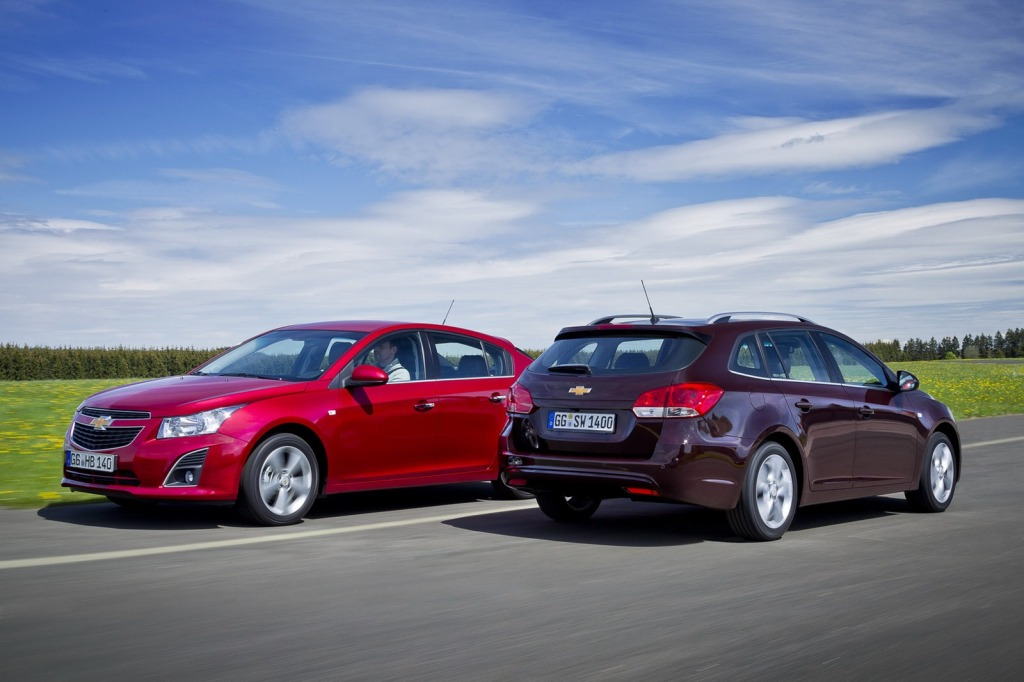 2013-Chevrolet-Cruze-Facelift-2.jpg?imgmax=1800