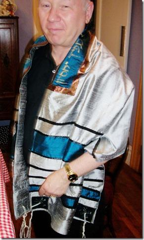 adam tallit wear