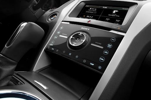 2013-Ford-Explorer-Sport-18.jpg