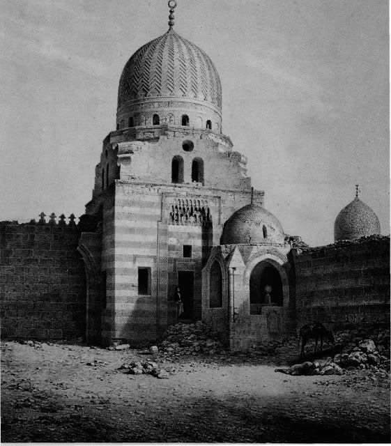Mausoleum of Emir Mahmud Janum, 16th century. Prisse focused on this tomb because to his mind the adjoining mosque bore no distinguishing features, whereas the tomb abided wholeheartedly with prevailing Mamluke conventions. Bichrome masonry work integrated the tomb with the whole complex.