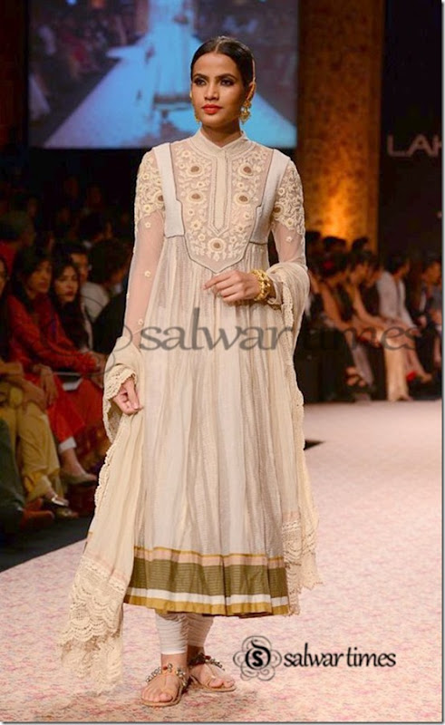Ritu_Kumar_Lakme_Fashion_Week_2013 (5)