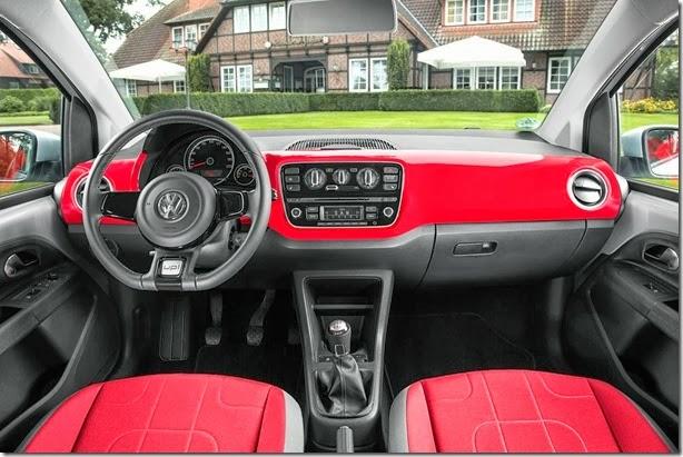 VW-CrossUp-12[3]