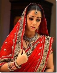 actress_charmi_in_saree_latest_stills