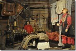 07-27 031 800X musee régional interieur isba