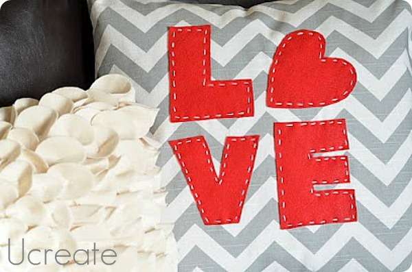 LOVE Pillow Tutorial www.u-createcrafts.com
