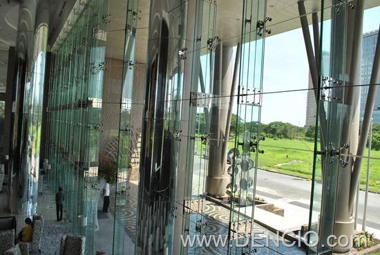 Acacia Hotel Manila (Alabang)082