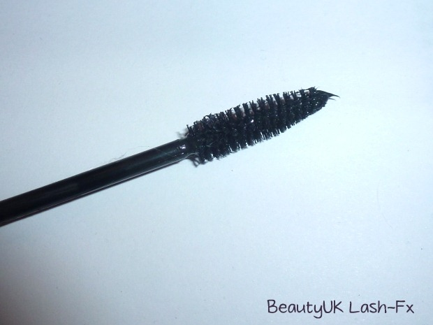 007-mascara-review-loreal-million-lashes-beauty-uk-lash-fx