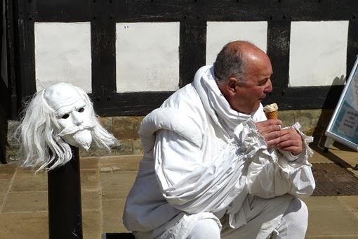 Шекспиры тоже люди
