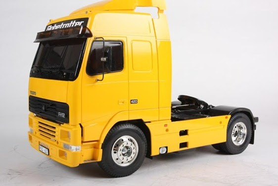 camiones rc volvo fh12 globetrotter 420 pasion por los. Black Bedroom Furniture Sets. Home Design Ideas