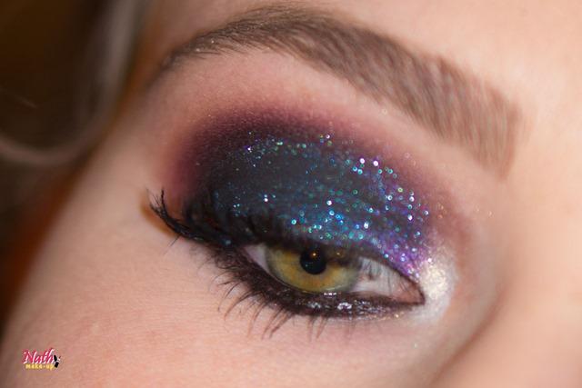 maquiagem com glitter para a noite