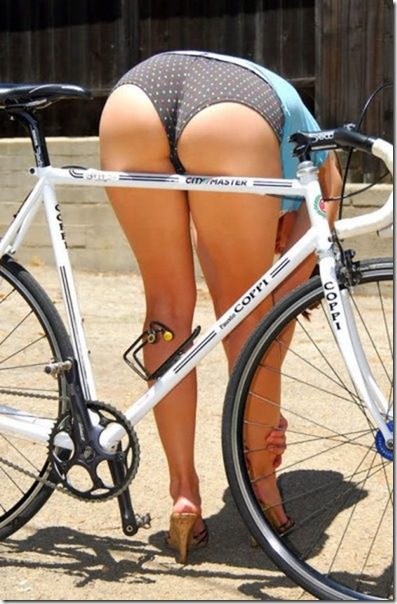 girls-riding-bikes-7