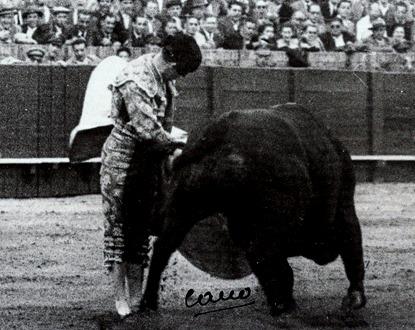 Sevilla Pepe Luis. Remate 001