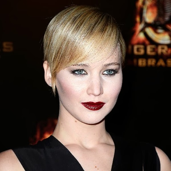 Jennifer-Lawrence-Short-Hair-Catching-Fire-Red-Carpet