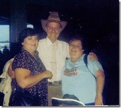 GOULD_H Norman with his daught Norlaine & Virginia at airport_1981_DetroitMichigan