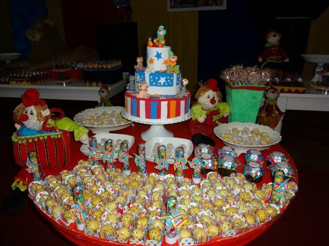 festa-circo-bolo-fake-bolofalso