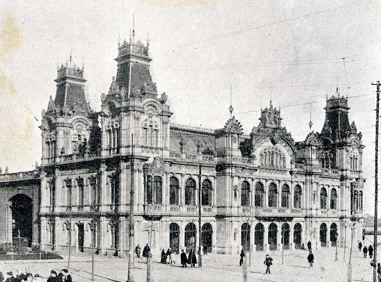 Fachada principal. De la Memoria sobre el estado y adelanto de las obras del puerto de Barcelona durante los años 1.907 a 1.910, ambos inclusive.JPG